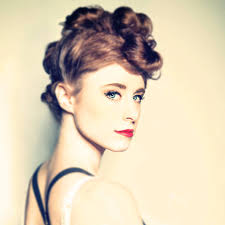 What is the height of Kiesza?