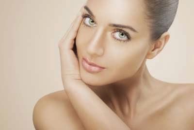 Conoce las 10 malas costumbres que destruyen tu piel
