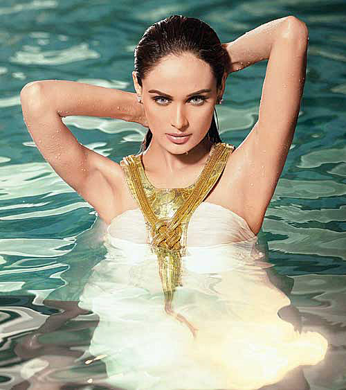 Mehreen Syed Bollywood calling, hot pic