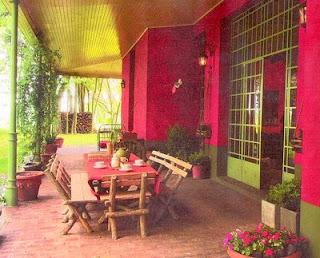 Galería de una casa de campo en Argentina estilo Italiano