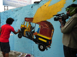 Fans and Media frenzy around Hemant Sonawane's flying rickshaw - seen here Zee 24Taas team