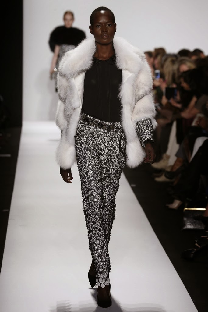 Dennis Basso – New York Fashion Week 2014