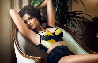 www.CelebTiger.com++GQ+Photoshoot+India+Sonam Kapoor GQ 7 Sonam Kapoor Shows Hot Cleavage In GQ India 2013 HQ Photos