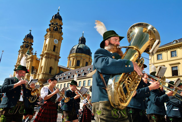 Celebrating Oktoberfest in Germany. Photo: © German National Tourist Office. Unauthorized use is prohibited.