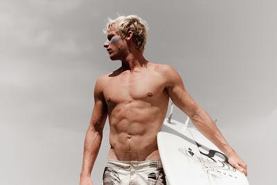 spieren en conditie trainen voor golfsurfen