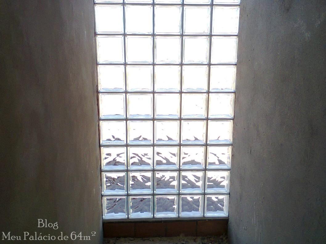 decoração para corredor,  tijolo de vidro