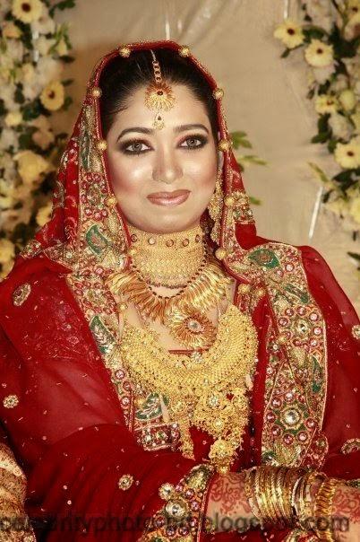 Beautiful+BANGLADESHI+BRIDE+WITH+GORGEOUS+MAKE UP+Photos+Collection018