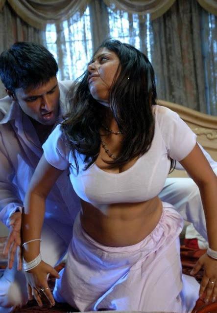 http://3.bp.blogspot.com/-Bna8_Ek-JDw/TZLskDsyhMI/AAAAAAAAUPQ/aX9KeHb0jcc/s280/Sunakshi-In-Nishabd-Viplavam-Hot-Stills-Pics-15.jpg