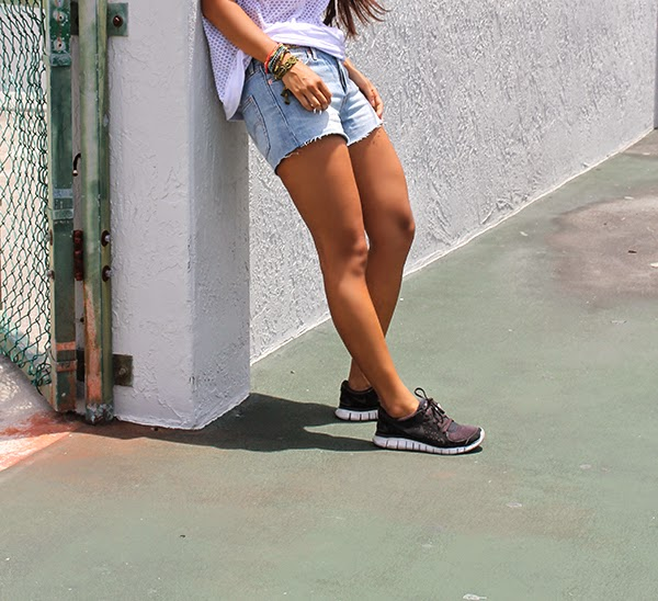 miami fashion blogger, youtube, fashion blogger, sporty trend, fashion 2014, summer fashion 2014, mesh top, atikshop, brickell shopping, miami shopping, fashion expert, hm, rose gonzales, bracelets, jewelry, denim shorts, denim trends 2014, denim, nike shoes, nike sneakers, nike, bandeau, urban outfitters, style by lynsee, blogger, outfit of the day, summer outfit, what to wear during summer, what to wear with denim shorts