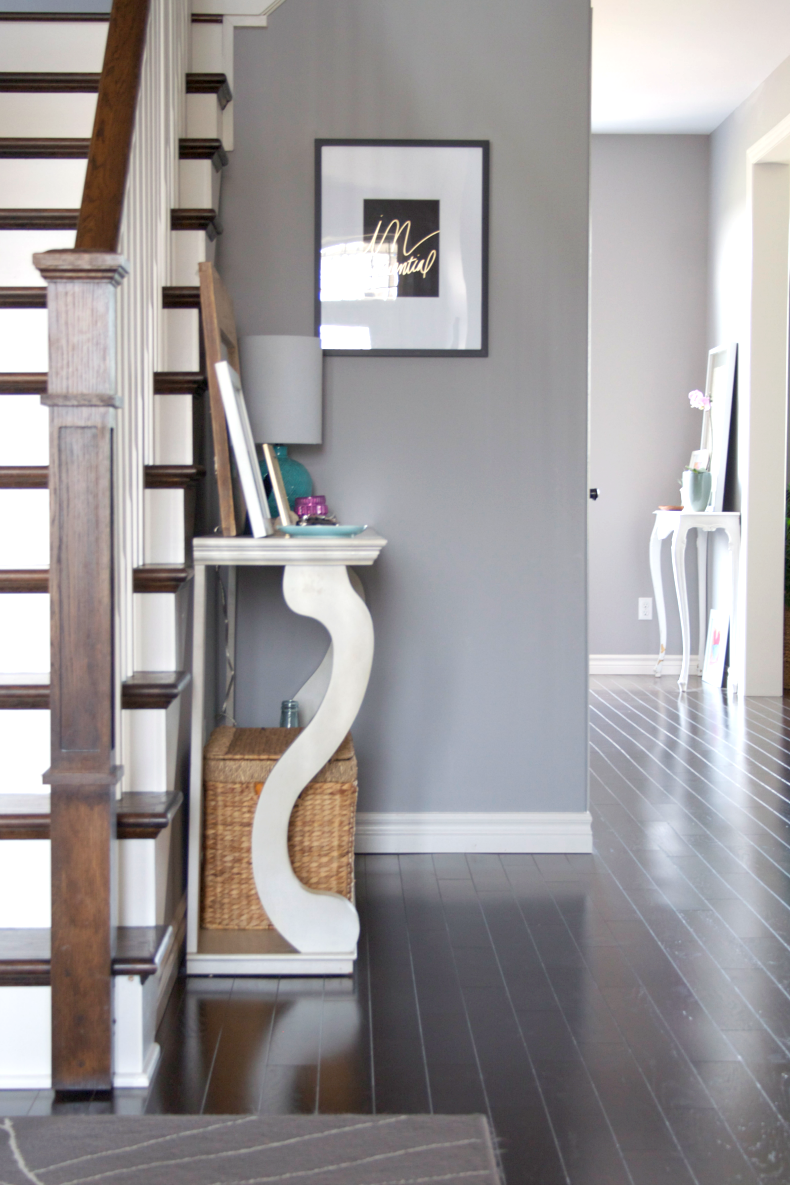 Elliven studio canadian bloggers home tour Entry to master bedroom