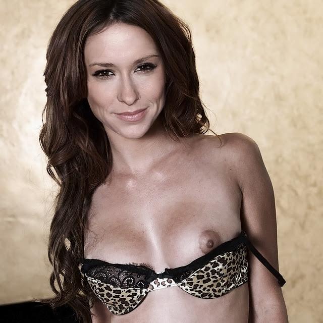 Jennifer Love Hewitt Sexy Lingerie Nip Slip Nice Breast