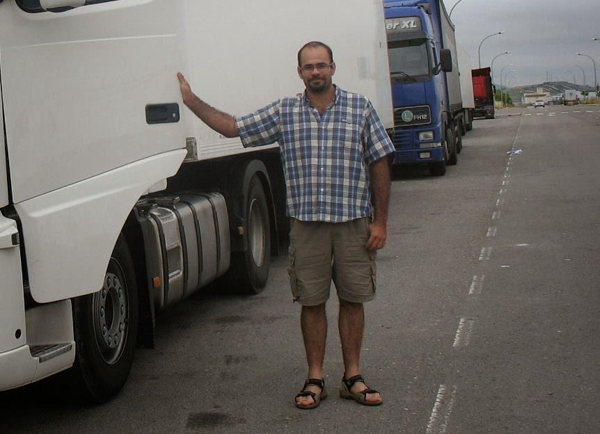 https://www.facebook.com/perico.camionero