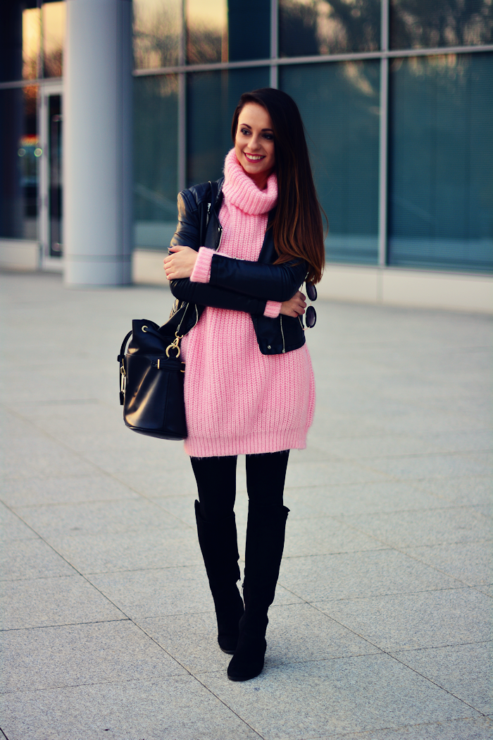 http://furioussquirrel.blogspot.com/2015/11/pink-sweater.html