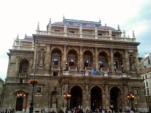 Ioanna's Notebook - Budapest Trip