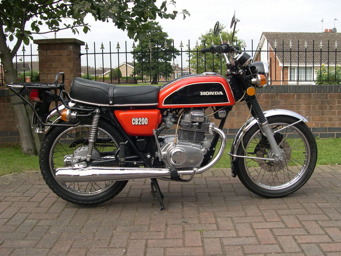 All The Motor Vehicles I Have Ever Owned 2010 Wiring For Super Dummies Me Norton Commando Classic Motorcycles After A Fabulous Few Years Hacking Around East Devon My Now Crunched Mz 150 Lay Pathetically In Back Street Dealership Ottery St Mary