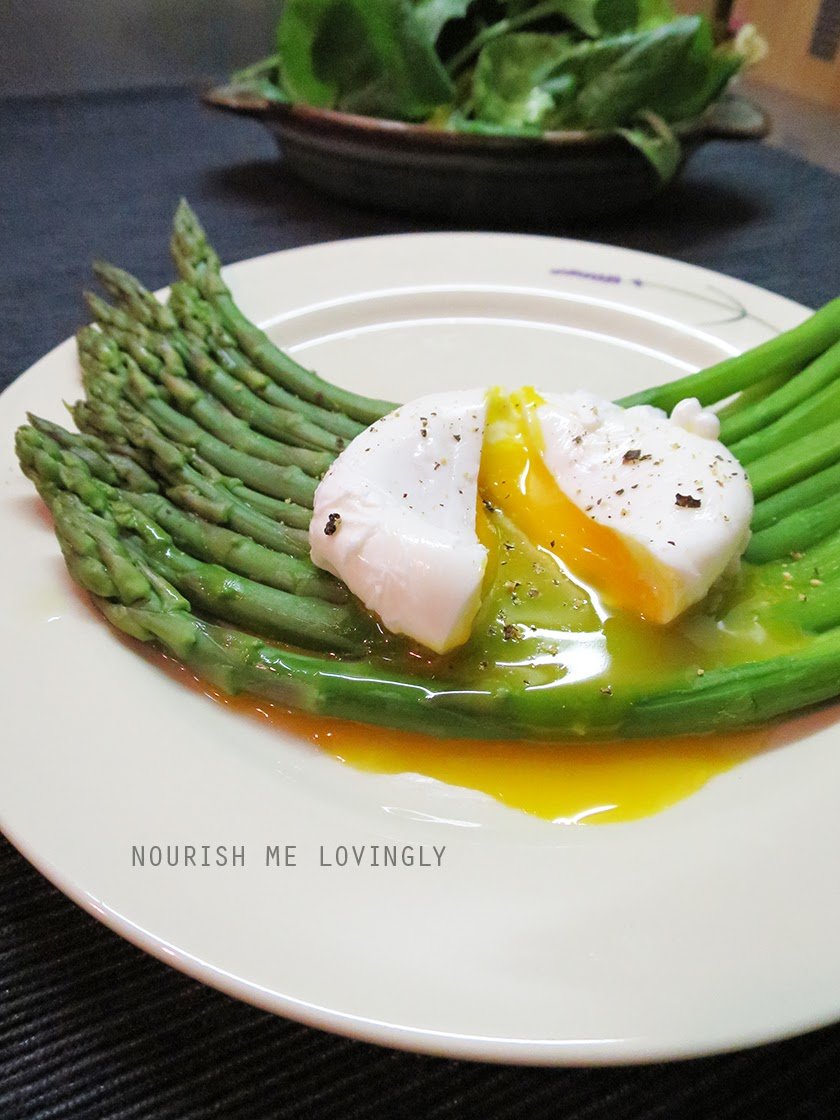 poached_egg_with_asparagus