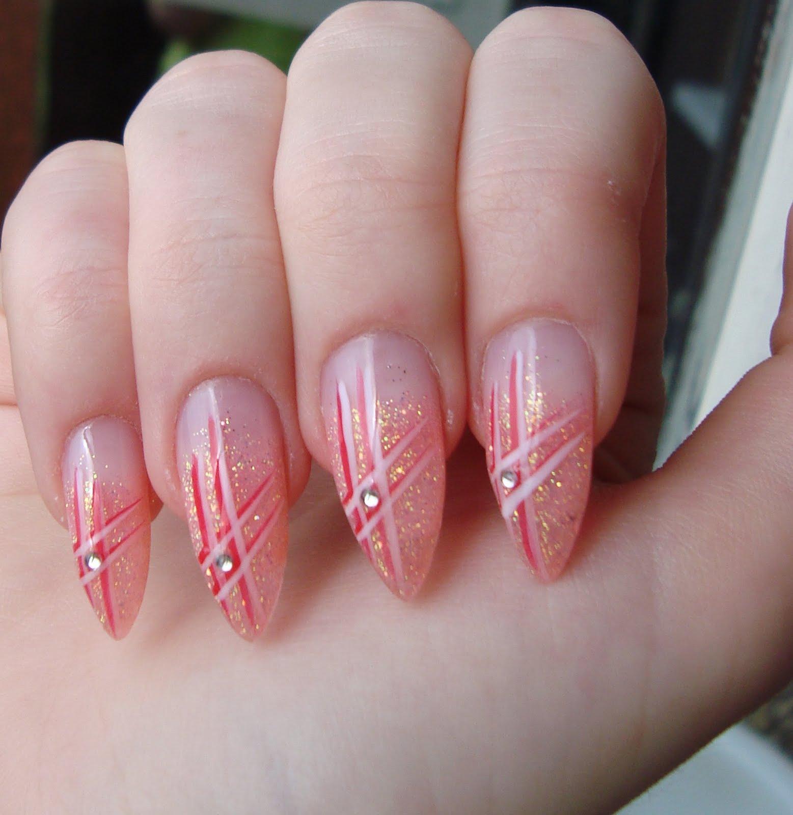 Нарощенные ногти миндальной формы дизайн 2017