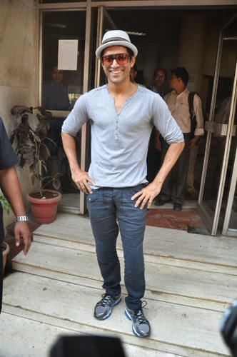 Farhan Akhtar New Stills at Radio Mirchi 98.3 FM