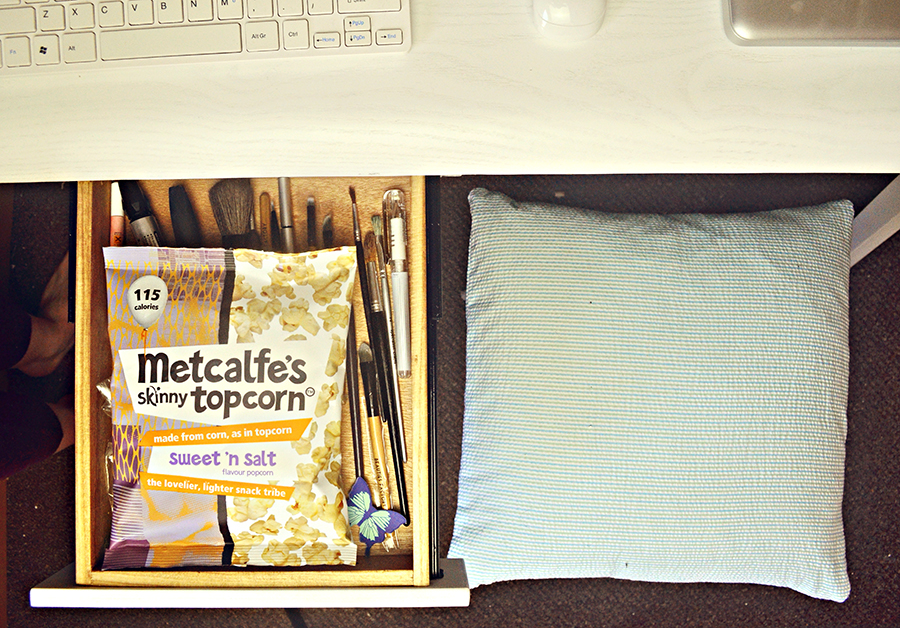 uk fashion blogger, pastel peppermint cushion, lets go hme, metcalfes sweet n salt skinny topcorn, 115 calories, made.com cornell desk