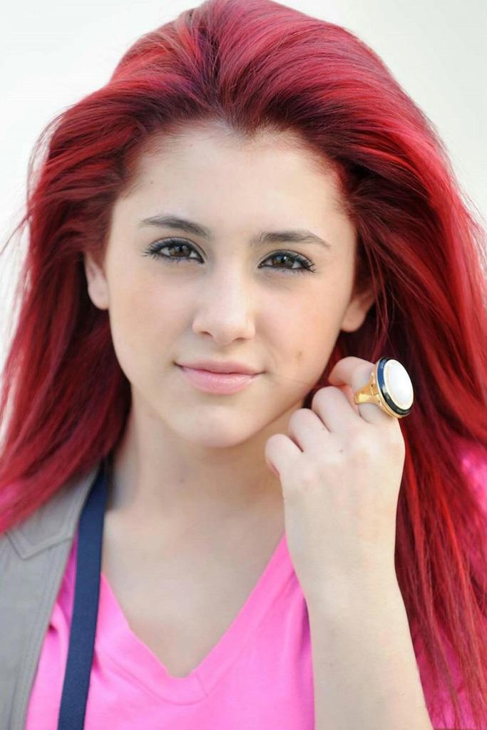 emotionfun pictures of ariana grande red hair color
