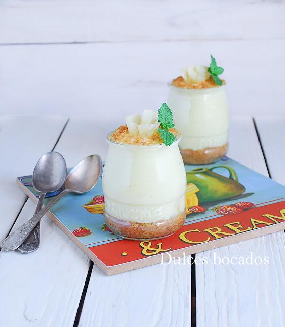 Cheesecake de piña y coco en vasitos {sin horno} - Dulces bocados