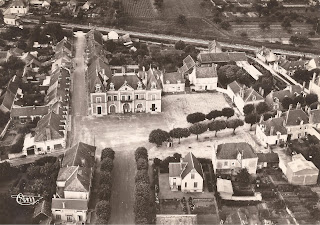Mairie - Cour-Cheverny - Vue aérienne