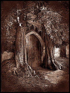 Pathfinder, Elven Door bracketed by trees