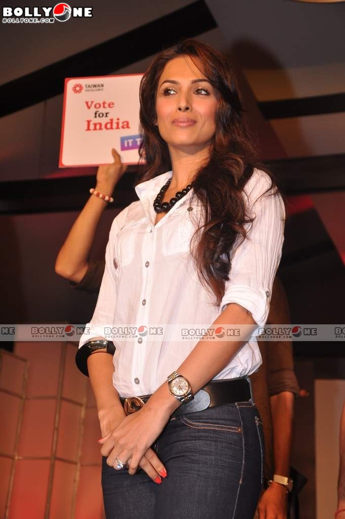 Hot Malaika Arora Khan at Taitra ITTravelersgo.com launch