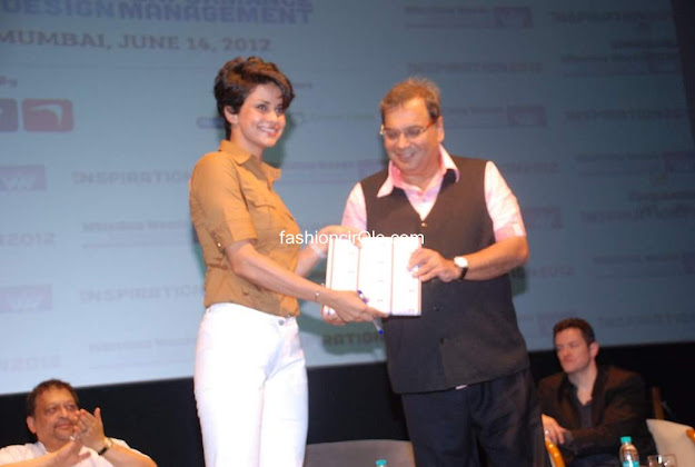 Gul Panag looks desirable at Inspiration 2012 of Whistling Woods
