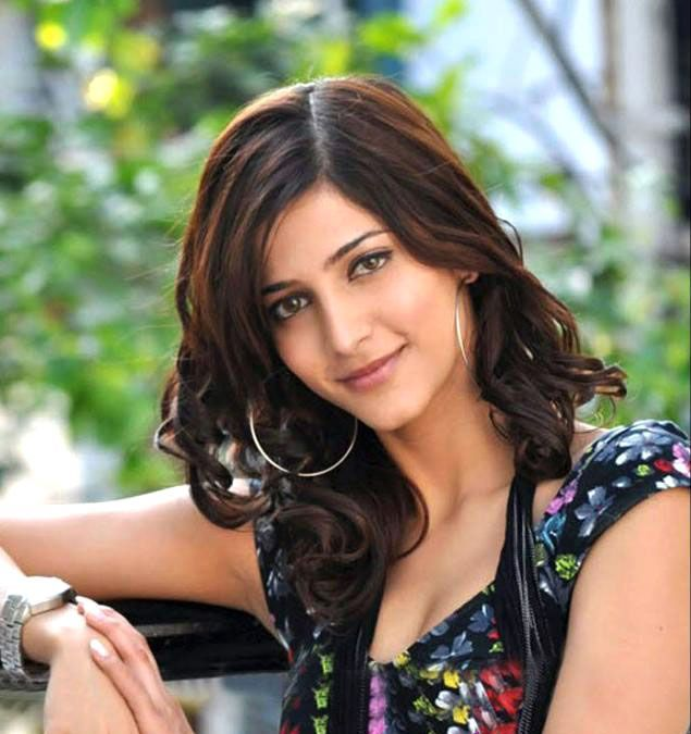 Shruti Haasan 2011 Hottest Photo Shoot Pics