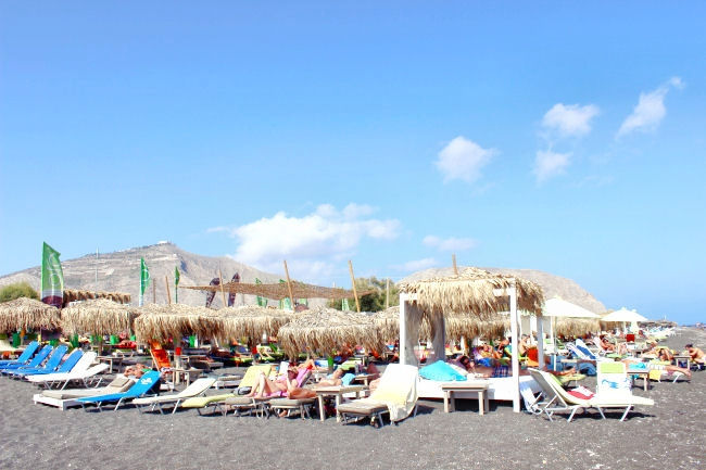 Chilli beach bar in Perivolos beach in Santorini. Best beach bars in Santorini. Best beach (beaches) in Santorini.