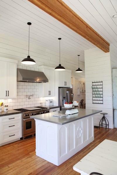 Vintage farmhouse fixer upper for Show kitchen islands