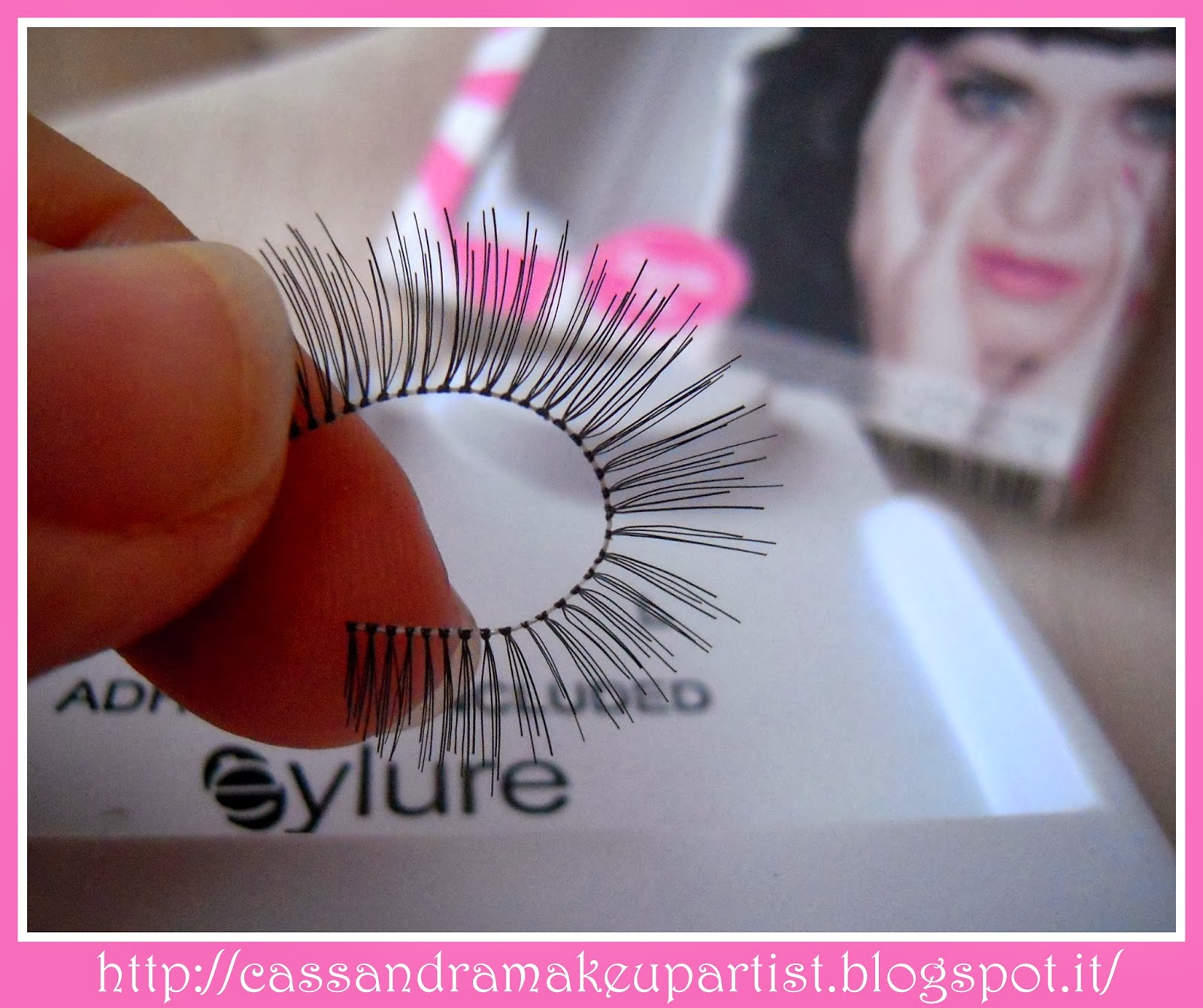 EYLURE - Katy Perry Lashes - SWEETIE PIE -false lashes - ciglia finte - colla - prezzo - price - recensione - review - nude - naturali - glue - ciglia a nastro - tutorial - lashes adhesive