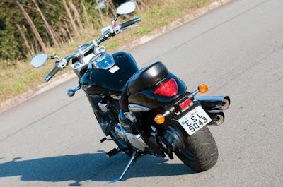 Suzuki Boulevard M800  2012