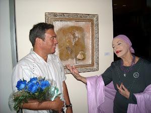 Alicia Alonso y Agustín Bejarano ante un cuadro del artista dedicado a la Prima Ballerina Assoluta