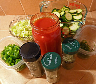 Tomato Juice, Bell Pepper, Leek, Zucchini, Herbs