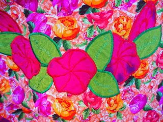 aplikoituja kukkia