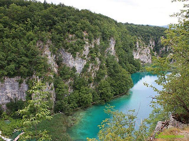 Foto-Danau-Indah-Plitvice-Lakes_7