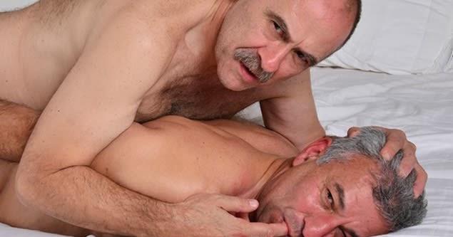 Gay blu kennedy fluffing galleries