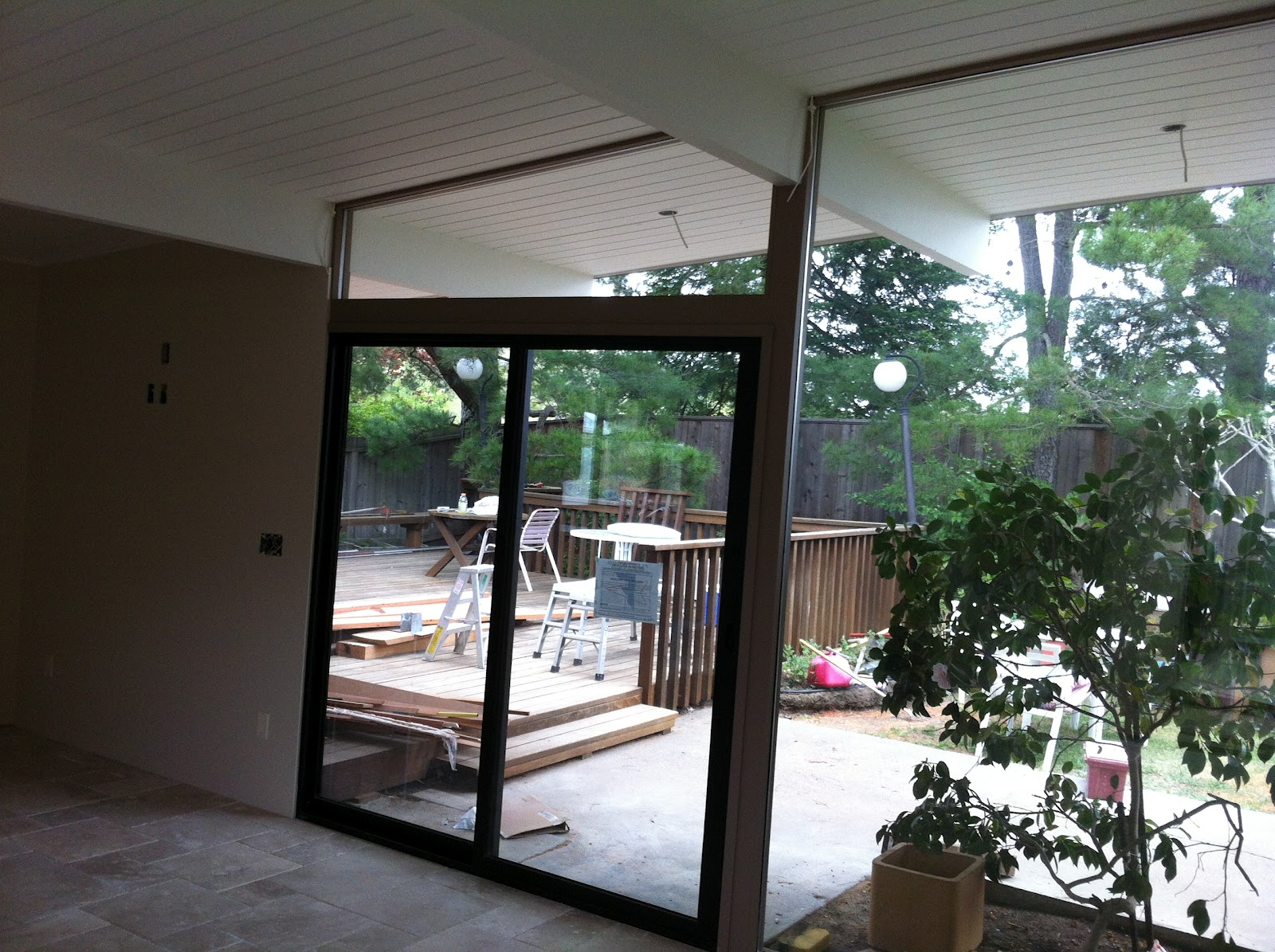 For additional information on Fleetwood Milgard or PPG\u0027s SolarBan product line please give us a call. & Moderinze an Eichler While Sticking With Tradition