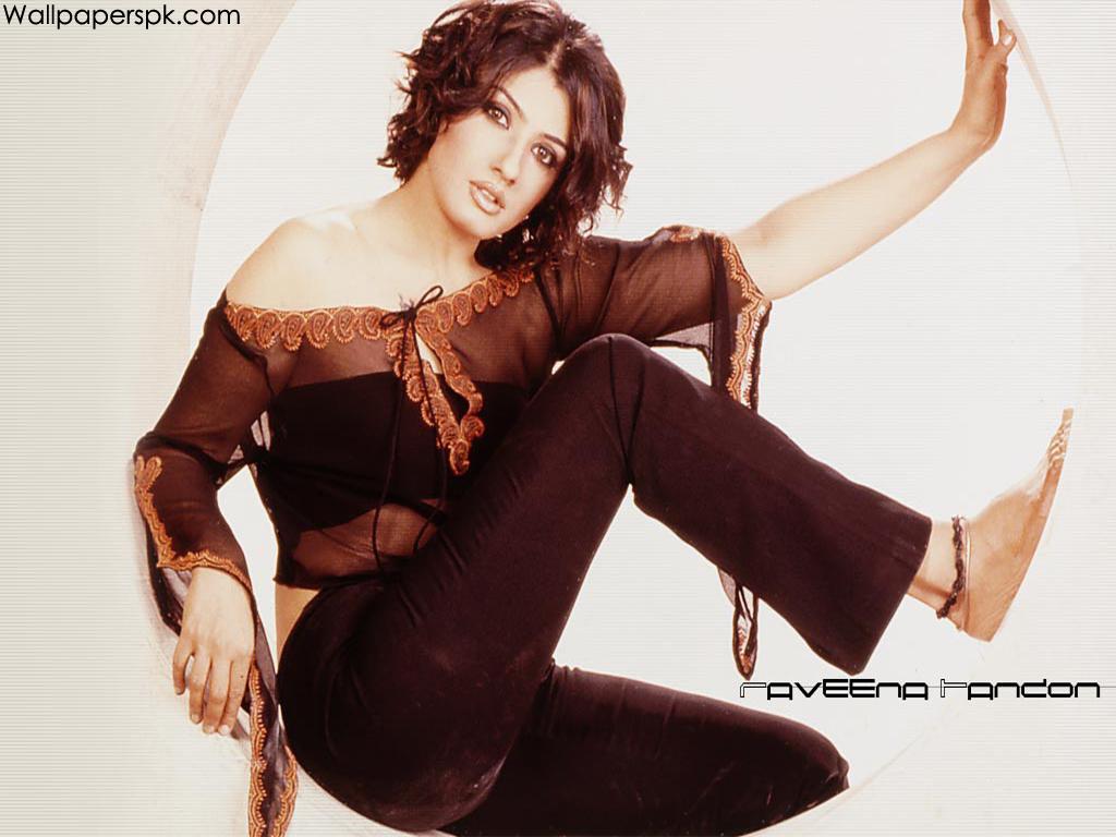 http://3.bp.blogspot.com/-BsXUASpJuMU/TfZJX3Yf8tI/AAAAAAAAEVk/WGm1bWvCpjI/s1600/Raveena-Tandon%257E0.jpg