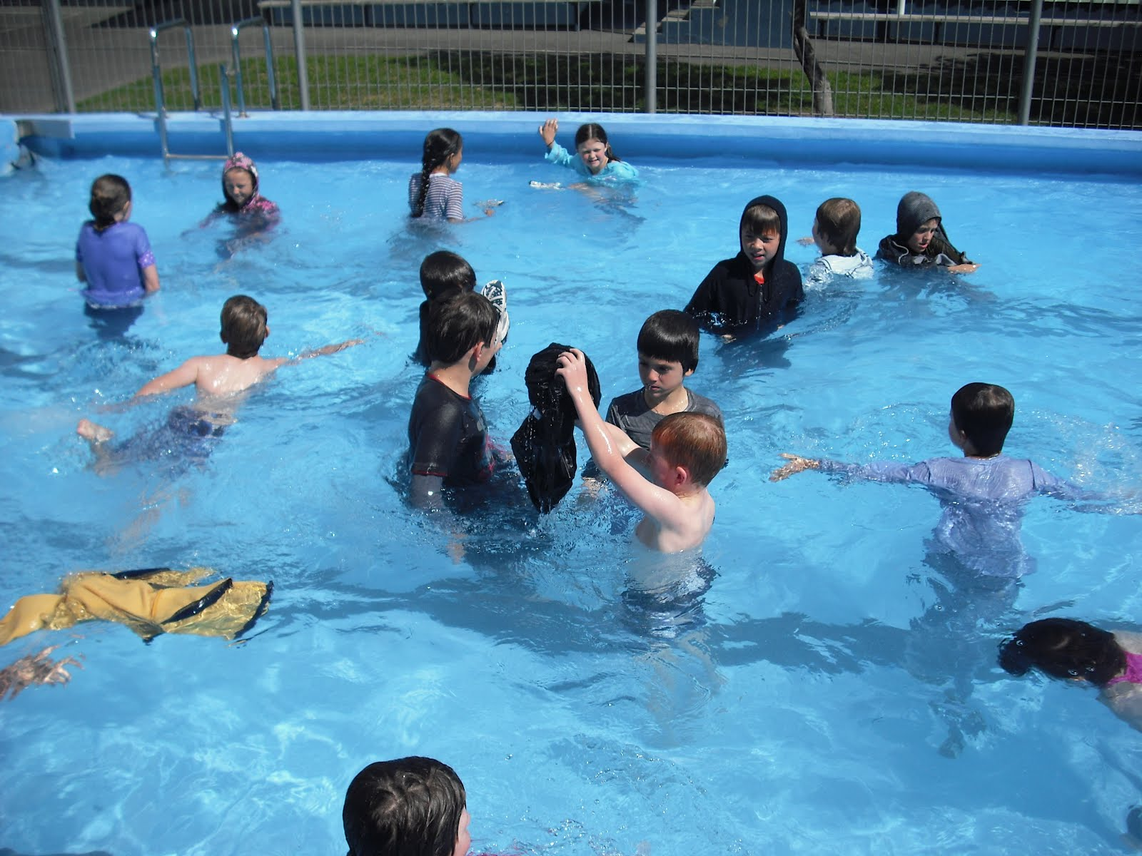 Room 2 Clifton Terrace School Nelson Swimming Survival By E S And L D