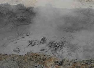 Mt. Papandayan Bubbling Mud Pools - Indonesia Mountain Tours