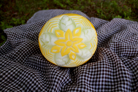 fruit carving melon
