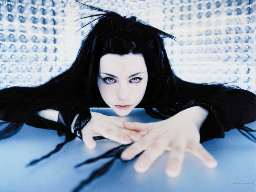 evanescence the birth of a rock Apart from the proper dictionary definition, evanescence is a rock band with great lyrics you don't have to be a depressed or be into rock to appreciate their music even if you're a content and happy person, you can to some extent relate to their songs.