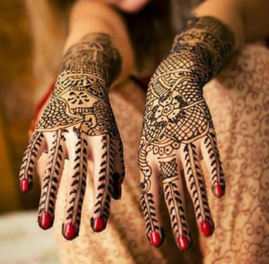 we have an varities of styles nad designs to follow to make our mehndi