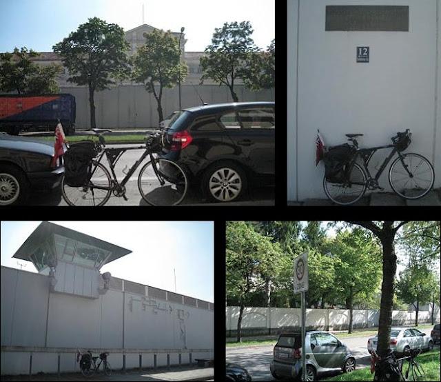 Die Justizvollzugsanstalt München in der Stadelheimer Straße im Münchner Stadtteil Giesing gehört mit 14 ha Nutzfläche zu den größten Justizvollzugsanstalten in Deutschland.  Inhaltsverzeichnis      1 Zahlen     2 Außenstellen     3 Geschichte     4 Zwischenfälle     5 Gedenkstätte     6 Prominente Inhaftierte     7 Rundfunksender     8 Trivia     9 Literatur     10 Weblinks     11 Einzelnachweise  Zahlen  Die insgesamt fünf Gebäude des Geländes (Nord-, Süd-, West-, Ost- und Neubau[2]), inklusive der offenen Vollzugsanstalt in der Leonrodstraße, besitzen eine Gesamtkapazität von 1379 Haftplätzen, die in Notständen auf 2100 erweitert werden kann. Die höchste Auslastung der JVA-Gebäude bestand am 9. November 1993 mit 1969 Gefangenen. In Stadelheim werden größtenteils männliche Gefangene ab 16 Jahren inhaftiert. Hinzu kommen der Jugendarrest, die Frauenabteilung und die mittlerweile geschlossene JVA Neudeck, die zusammen weitere 124 Gefangene aufnehmen konnten. Im Jahr 2001 betrug die durchschnittliche Belegung 1581 Inhaftierte und lag damit deutlich oberhalb der regulären Häftlingskapazität. Im Jahr 2001 waren 596 Personen in der JVA Stadelheim beschäftigt, davon 506 Beamte und 90 Angestellte. Außenstellen  Der Jugend- und Frauenstrafvollzug findet seit 2009 in einem Neubau, in unmittelbarer Nachbarschaft zum Hauptgelände statt. Dort stehen Haftplätze für 150 Frauen, 46 männliche und 14 weibliche Jugendliche zur Verfügung. Das Gebäude, das im Rahmen des Public-Private-Partnership errichtet und betrieben wird (Auftrag für Planung, Bau, Finanzierung, Betrieb und die Unterhaltung der Ver- und Entsorgungsanlagen einschließlich der Energielieferung ist/war Aufgabe der privatwirtschaftlichen Vertragspartner).[3] Die Einweihung fand am 26. Mai 2009 statt.[4] Grundstückseigentümer des großen Areals (Stadelheimer Straße 4 bis 6, ca. 8.850 m²) ist seit 8. Dezember 1994 der Freistaat Bayern (zuvor Bundeseigentum).[5] Für den Vollzug von Freigängern gibt es eine Außenstelle in de