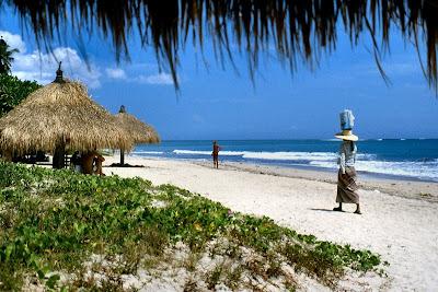 Pantai geger bali, pasir putih bali, pantai eksklusive bali, geger beach bali