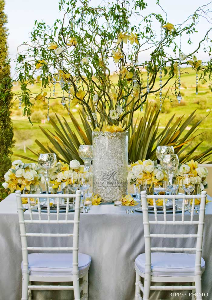 things she loves pittsburgh wedding planner color