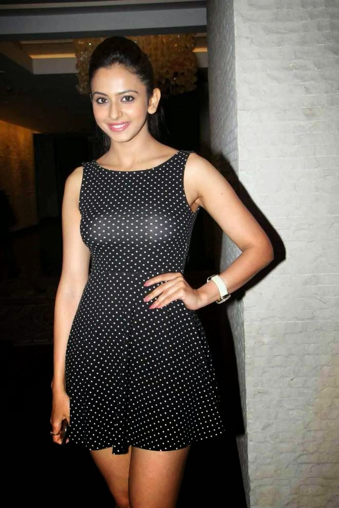 rakul preet singh thunder thigh photos